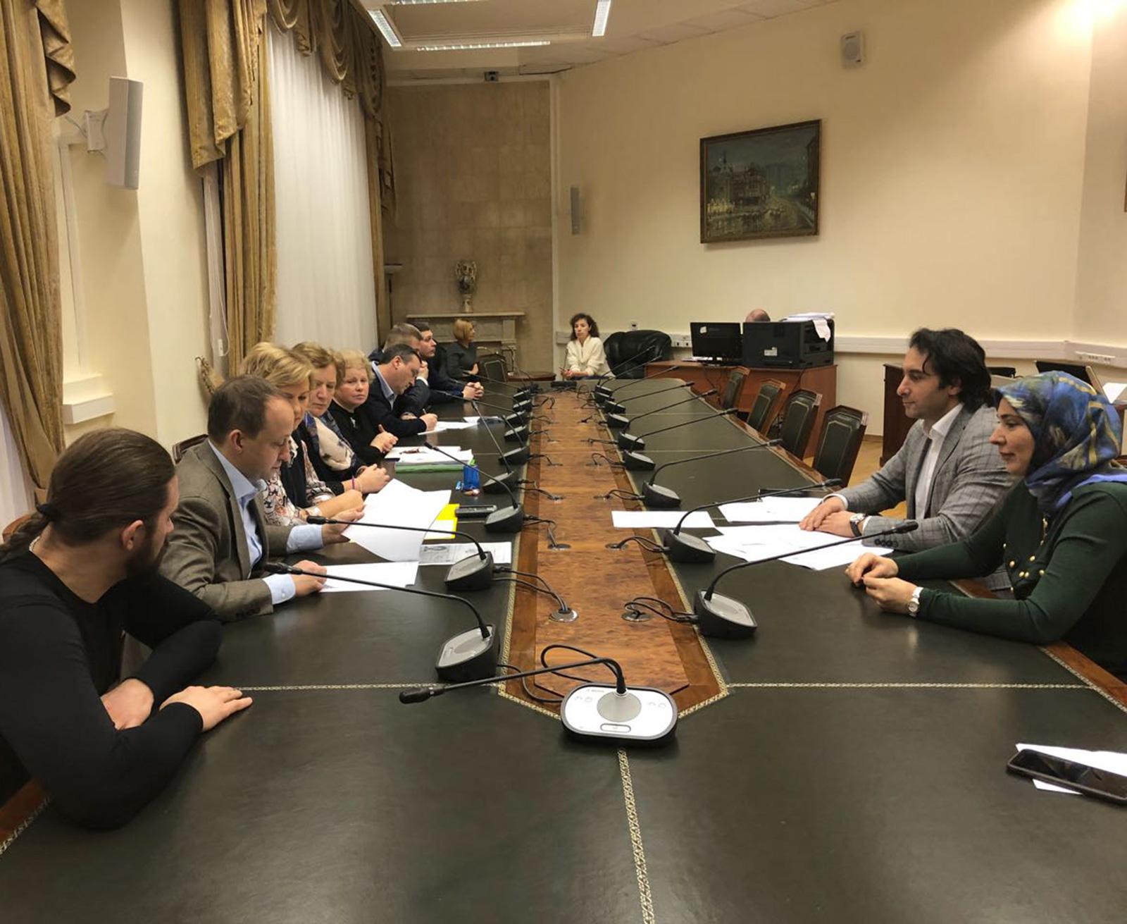 Супругу муфтия Дагестана выдвинули кандидатом впрезиденты Российской Федерации